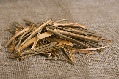 white-willow-bark-extract-chiet-xuat-vo-cay-lieu-trang-2