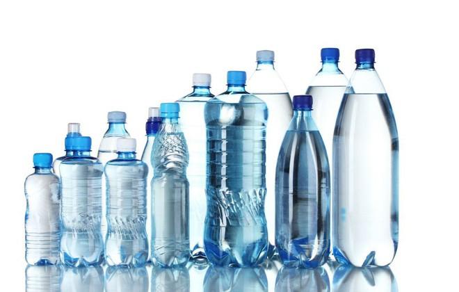 nước cất trong mỹ phẩm là gì