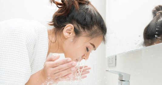 công dụng của nước cất làm đẹp